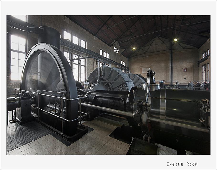 Woudagemaal Machinekamer 04