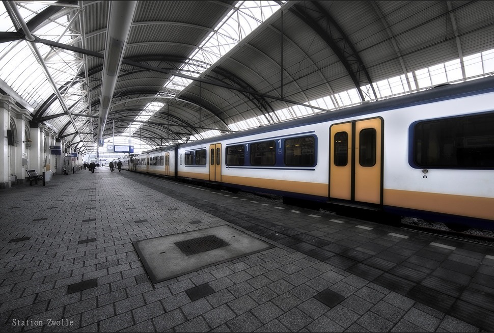 Station Zwolle Treinstaion Zwolle Perron Foto