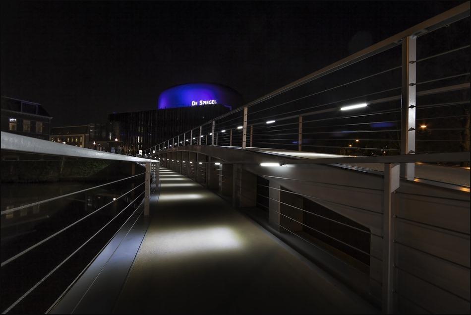 Nachtfotografie Theater de Spiegel Zwolle Foto Lensbrug 01
