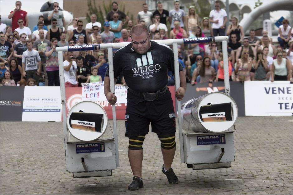 Sterkste man van Nederland Foto Alex Moonen Foto Yoke Race