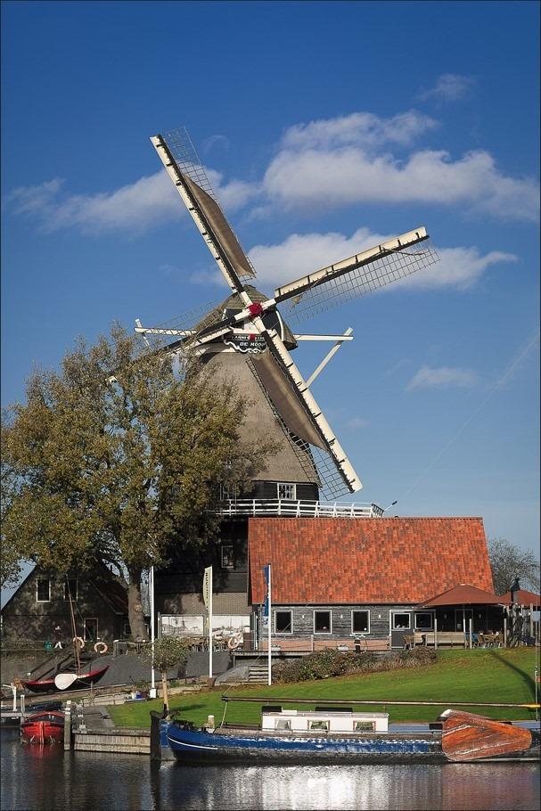 Harderwijk Foto Molen De Hoop Foto Botterhaven 01