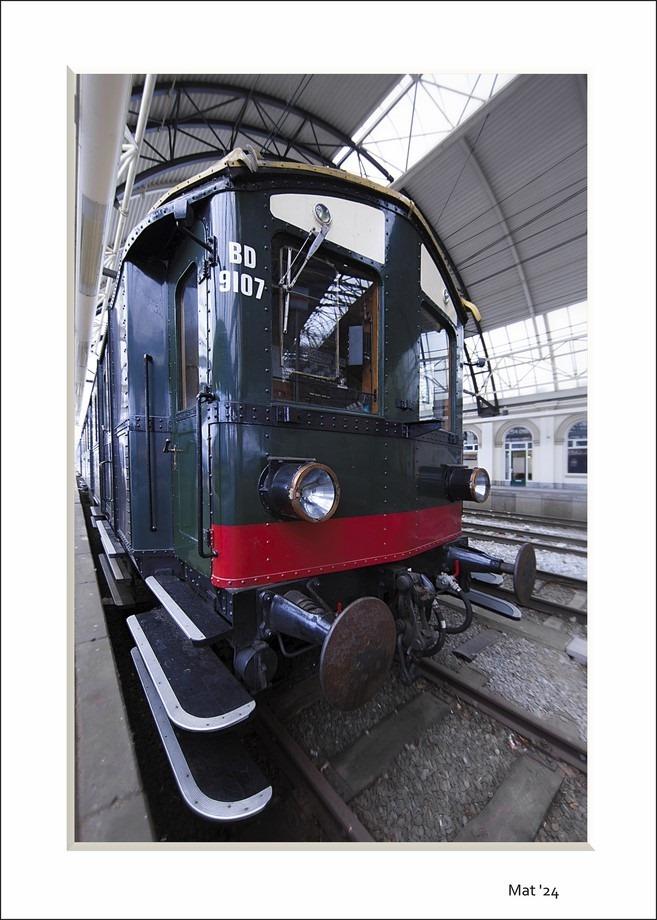 Station Zwolle Foto Mat 24 Foto Blokkendoos Foto Stofzuiger Foto Eerste elektrische trein Foto NS