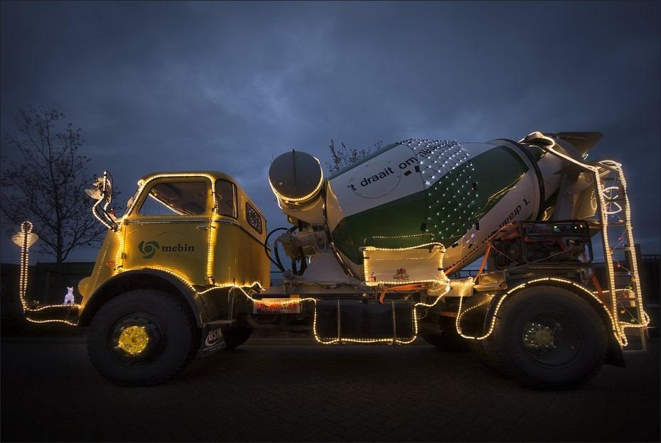 Staphorst Foto Trucks by Night Foto Staphorst Foto Verlichte Trucks