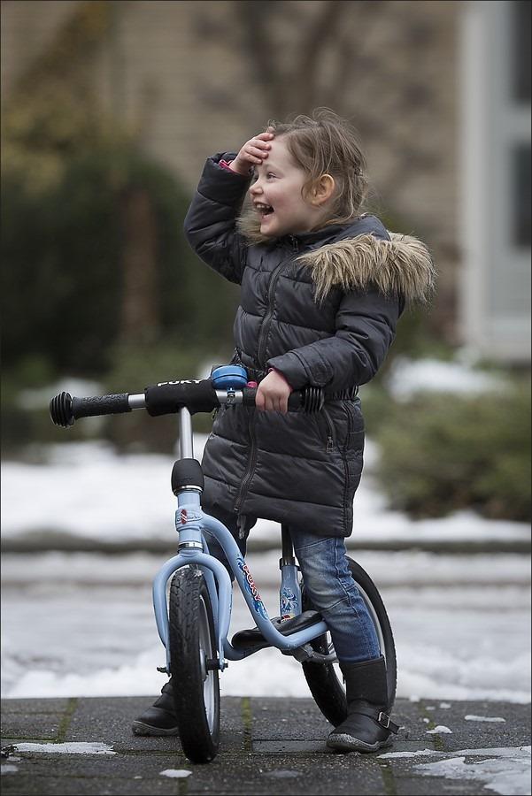 Kinderfotografie Foto Een blokje om Foto Op Stap Foto Yaleesa