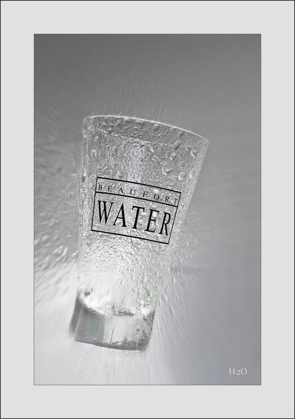 Het water des levens Foto Water Foto Levenswater Foto Het levende water Foto H2O Foto Tabletop Fotografie