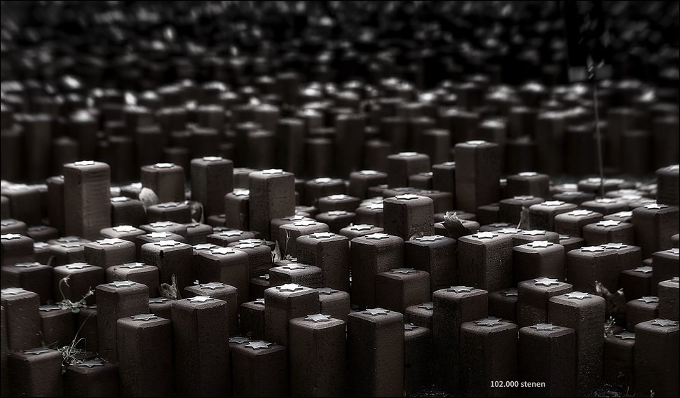 Monument 102.000 stenen Foto Monument 102.00 Stenen Westerbork Foto Kamp Westerbork Foto Doorvoerkamp Westerbork Foto Herinneringscentrum Kamp Westerbork