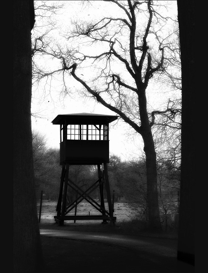 Kamp Westerbork Foto Wachttoren Foto Monument Kamp Westerbork Foto Wachttoren Kamp Westerbork