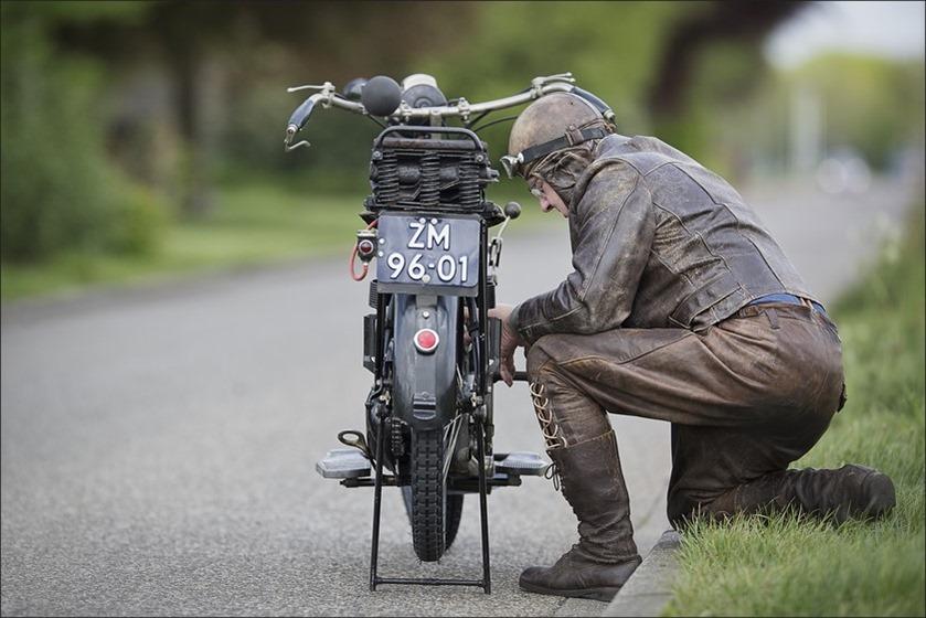 Staphorst Foto VMC rit Staphorst Foto Veteraan Motoren Club Foto VMC Foto VMC rit 2015 Foto Klassieke Motoren Foto Rit met Klassieke Motoren  Foto Motorclub 11