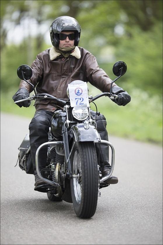 Staphorst Foto VMC rit Staphorst Foto Veteraan Motoren Club Foto VMC Foto VMC rit 2015 Foto Klassieke Motoren Foto Rit met Klassieke Motoren  Foto Motorclub 04