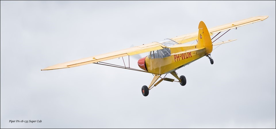 Wings & Wheels Foto Piper Cub Foto Piper super Cub Foto Piper PA-18-135 Super Cub Foto Wings And Wheels Foto Wings en Wheels Foto Wings en Wheels Hoogeveen Foto Wings en Wheels 2015 Foto Historisch Vliegtuig
