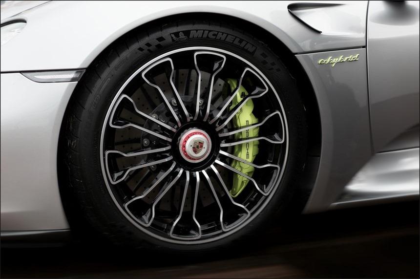 2015-06-20 Wings Wheels & Goggles Porsche 918 Spyder Kader 01 (Kopie)