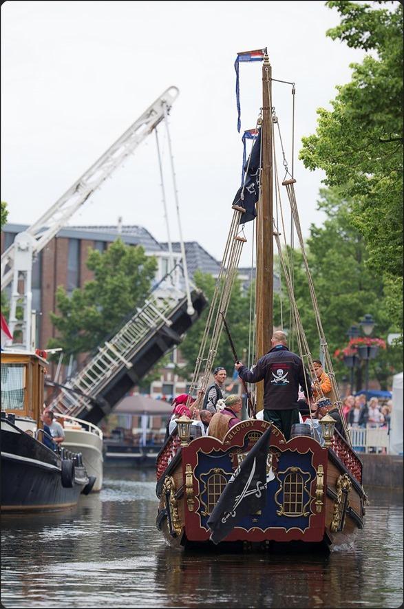 Grachtenfestival Meppel Foto Grachtenfestival Meppel 2015 Foto Grachtenfestival Foto Piratenboot Foto Piratenschip