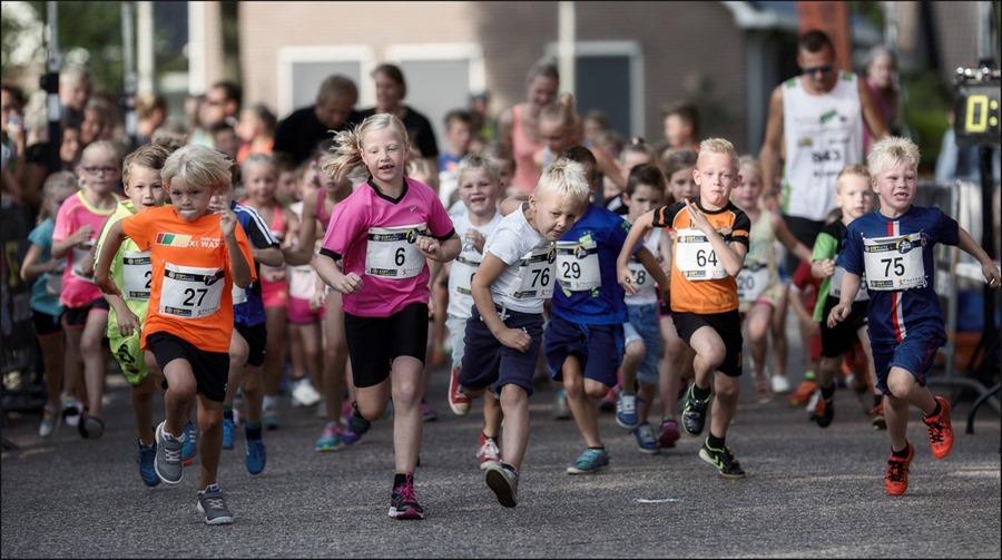 Foto Staphorst Foto Staphorst Run Foto Staphorst Run 2015 Foto Kids Run Foto Kidsrun Foto Staphorstrun Foto Hardlopen Foto Hardloopsport Foto Hardloopwedstrijd Foto Hardloopwedstrijd voor Kinderen