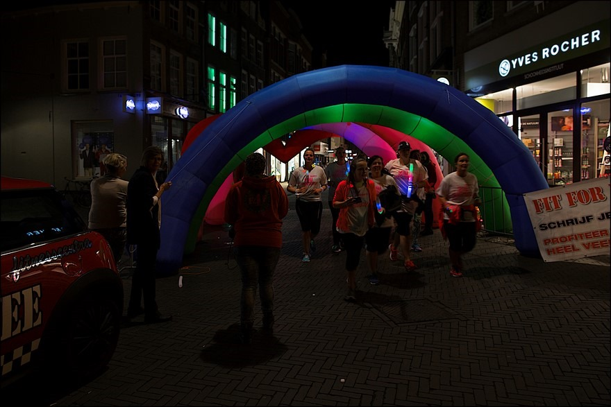 Glowloop Zwolle Foto Glowloop Foto Glow Run Foto Glow Run Zwolle Foto Glow in the Dark 09
