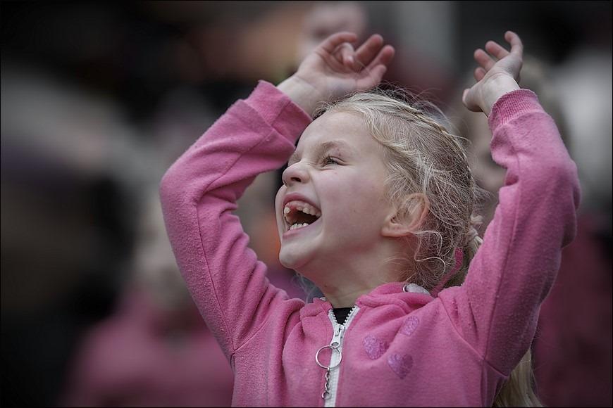 Hoera Foto Uiting van Blijdschap Foto Sinterklaasintocht Zwartsluis Foto Zwartsluis Foto Sinterklaas Intocht Zwartsluis Foto Intocht Sinterklaas Zwartsluis 2015