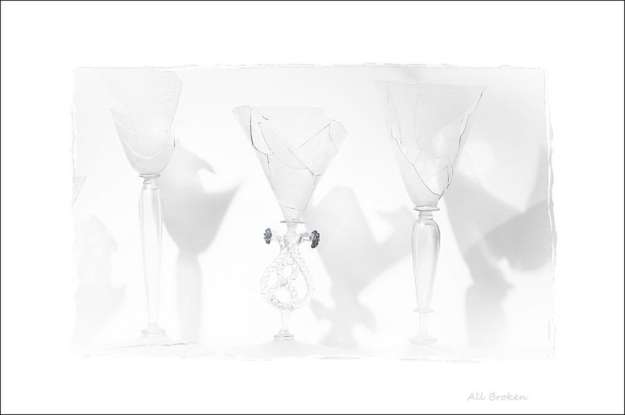 Stedelijk Museum Zwolle Foto High Key Foto Glasservies Foto Historisch Glasservies Foto Opgegraven Glaswerk Foto Gebarsten Glas Foto Gebarsten Glazen Foto Gebarsten Glaswerk