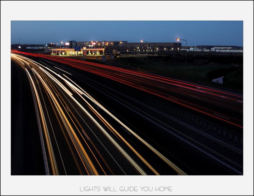 Staphorst Foto Nachtfotografie Staphorst Foto A28 Staphorst Foto A28 Afrit Staphorst Foto Nachtfotografie Foto Strepentrekkers Foto industriële Skyline Lange Sluitertijd Fotografie Foto Lange Sluittijd