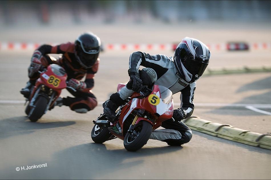 Staphorst Foto Sport Foto Motorsport Foto NK Minibikes 2016 Foto NK Minibikes Foto Minibikeraces Foto Minibiken 01