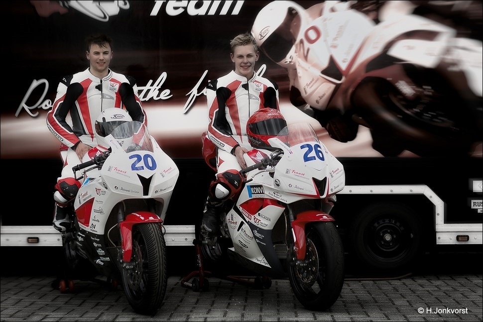 TT racing team Foto Frank Nieman Foto Eduard Troost Foto Procup 600 Foto Supercup 600 Foto 50cc Wegrace Staphorst 2016 Foto 50cc Wegrace Staphorst Foto 50cc Wegrace