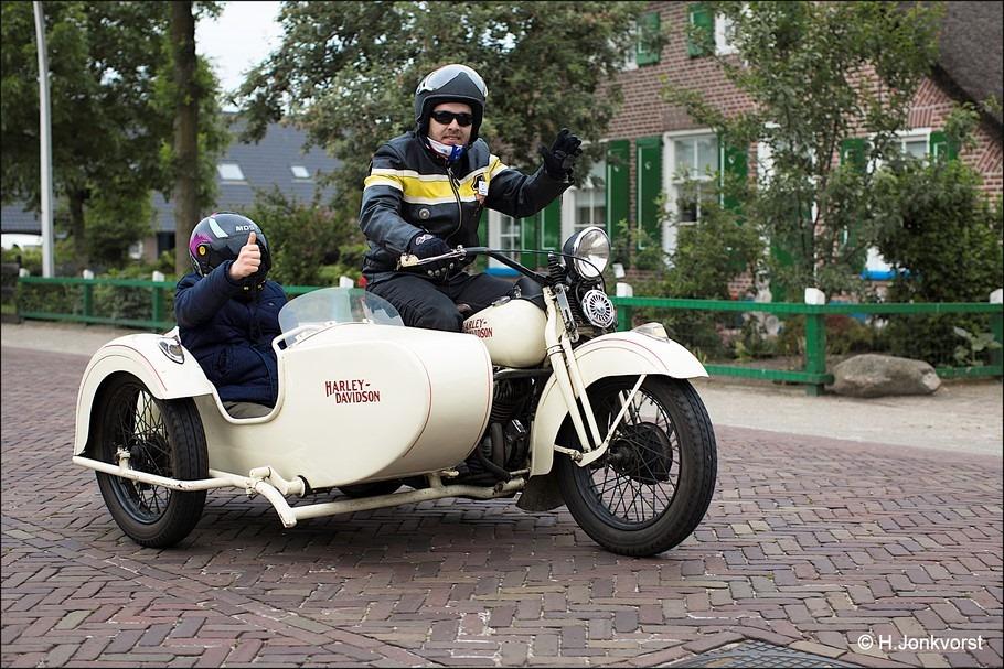 Staphorst Foto Stien Eelsingh Rit Foto Stien Eelsingh Rit 2016 Foto Dagje uit voor mensen met een beperking 10