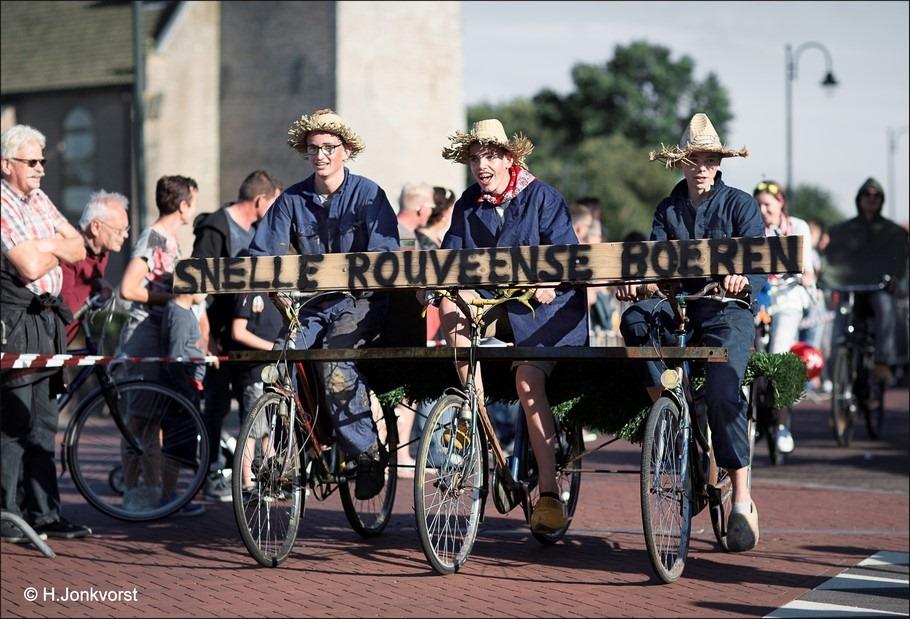 Le Tour de Boer Foto Le Tour de Boer 2016 Foto Tour de Boer Foto Tour de Boer 2016 Foto Comité Zonuendan Foto Zonuendan Foto Staphorst Foto Rouveen 05