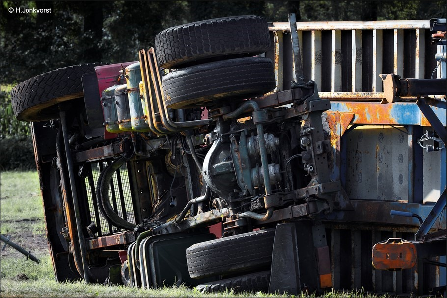 Staphorst Foto Truckersdag Staphorst Foto Vrachtwagen Gekanteld Foto Gekantelde Vrachtwagen Foto Gekantelde Truck Foto Truckersdag Staphorst 2016 Foto Vrachtwagen Omgeslagen