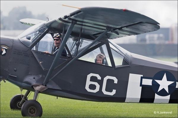Wings & Wheels Hoogeveen Foto Wings en wheels Hoogeveen 2016 Foto Wings en Wheels 2016 Foto Stinson L-5 Sentinel Foto Militair Vliegtuig Foto Militair Vliegtuig WO II