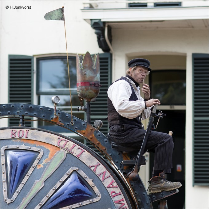 Abacus Theater Foto Abacus Theater Foto Bokbierdag Zutphen Foto Bokbierdag Zutphen 2016 Foto Straattheater Foto Steampunk Foto Man en Machine Foto Mobiel Straattheater 3