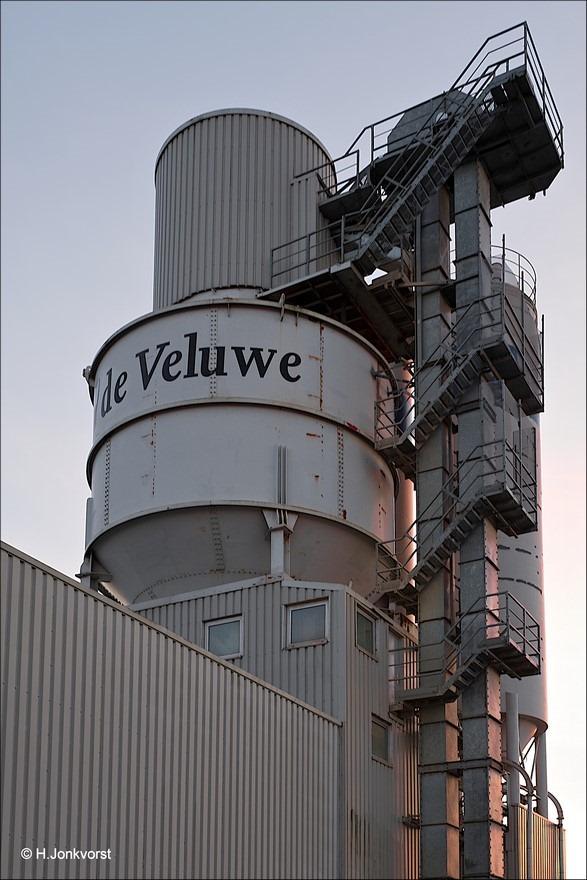 Betonindustrie de Veluwe Foto Staphorst Foto betonindustrie Foto beton industrie Foto De Veluwe Beton Foto Silo