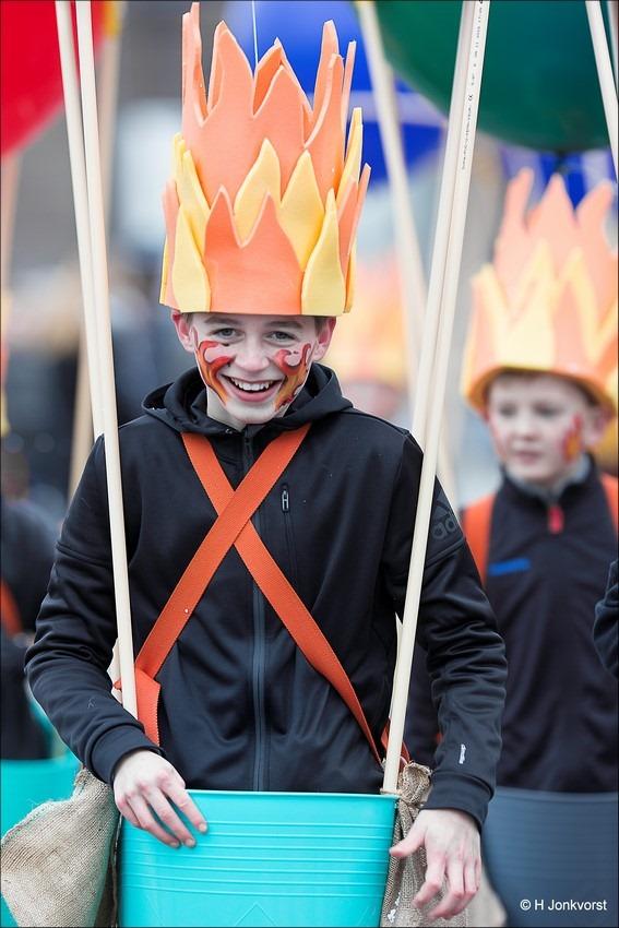 Carnaval 2017, Carnaval Zwolle 2017, Carnaval Nederland 2017, Carnaval portret, carnaval Zwolle, Carnavalsoptocht Zwolle, Carnavalsoptocht Zwolle 2017, Vurige blos, een kleur als vuur, vurige blosjes