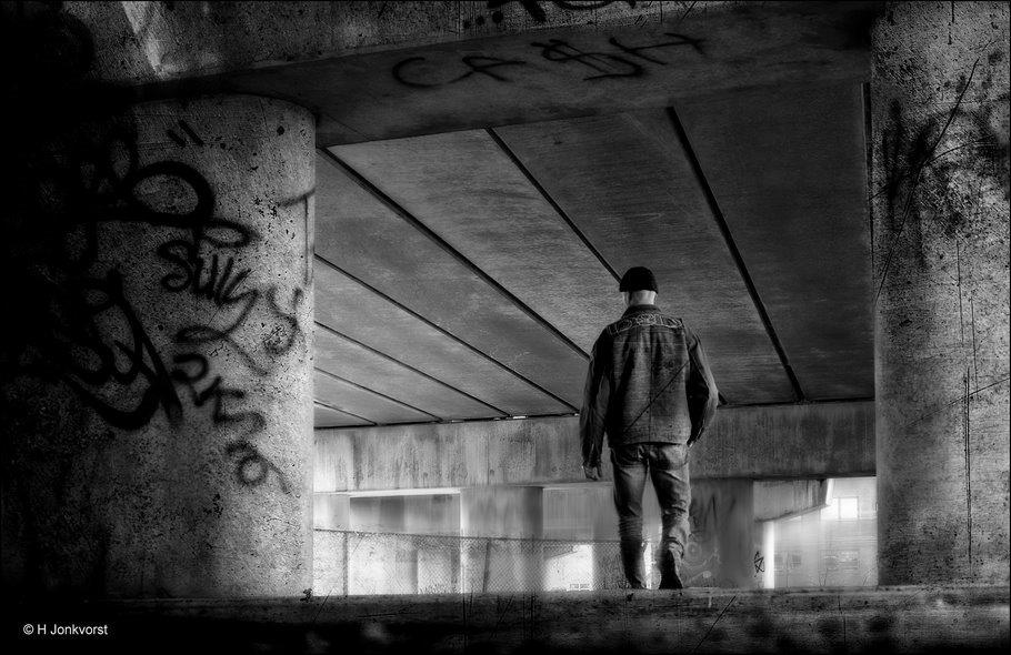 Onderdak voor daklozen, Urbex, Urban exploring, onderdak dakloze, dakloos, zwervend bestaan, onder de brug, wonen onder de brug, opvang van daklozen