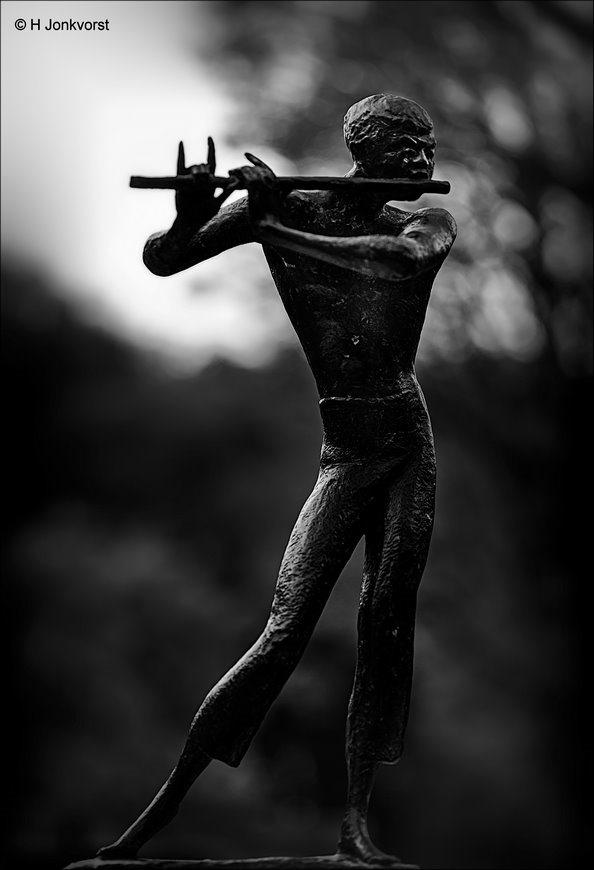 sign of the horns, duivelsteken, satan's teken, Corna, bokkengroet, evil hand gesture, fluitspeler, opgestoken wijsvinger en pink, handgebaar
