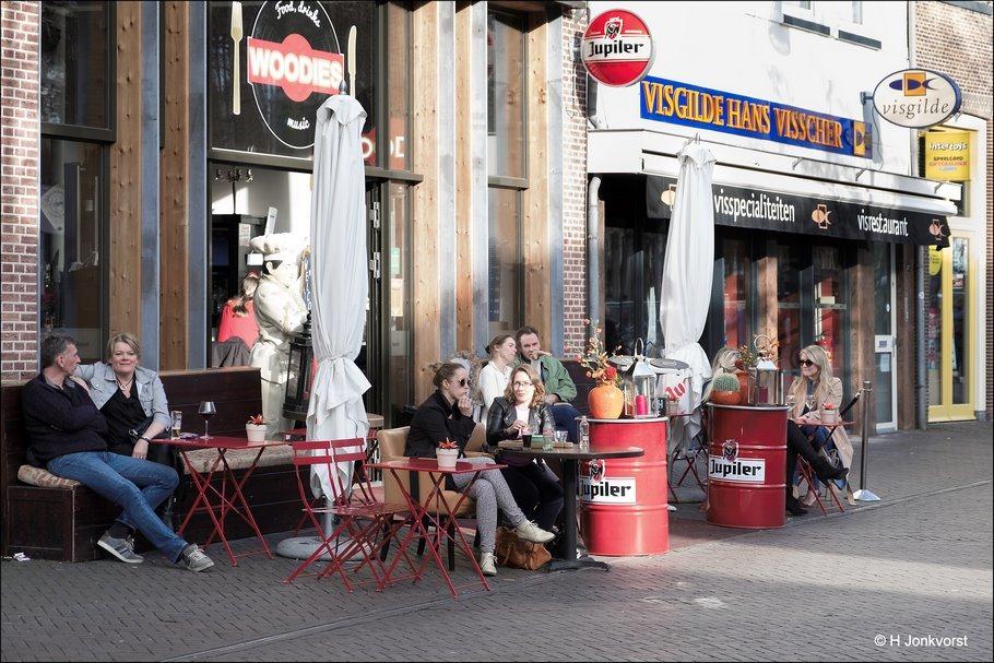 Terrasjes Zwolle, Zwolle, terrasjesweer, voorjaarsgevoel, verlangen naar zomer, in het voorjaarszonnetje, voorjaarszonnetje, Woodies, Woodies Zwolle