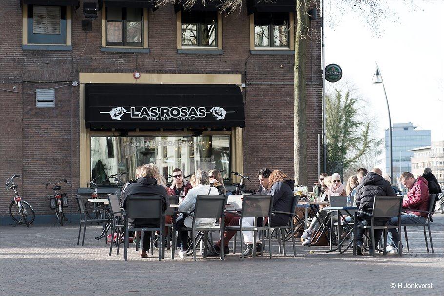 Terrasjes Zwolle, Zwolle, terrasjesweer, voorjaarsgevoel, verlangen naar zomer, in het voorjaarszonnetje, voorjaarszonnetje, Las Rosas, Las Rosas Zwolle