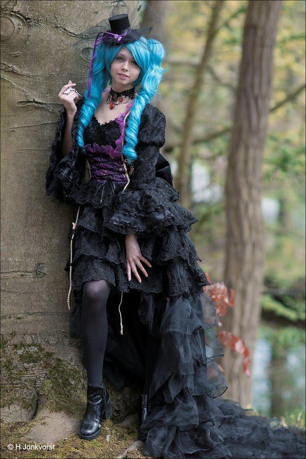 Elfia, Elfia 2017, Elfia Haarzuilens, Elfia Haarzuilens 2017, Fantasy festival, elf fantasy fair, kasteel de haar, portret, portretfotografie, zien en gezien worden, gekostumeerd feest