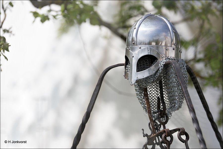 Middeleeuws Festijn Cannenburch, middeleeuws festival Cannenburch, kasteel Cannenburch, Middeleeuws festijn, middeleeuwse Veldslag, middeleeuws Slagveld, ridderhelm, helm