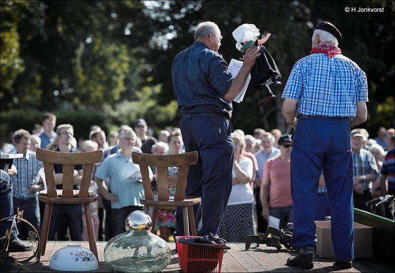 Staphorst, Boerenveiling, Boerenveiling Staphorst, Staphorstdagen 2017, Staphorstdagen, Staphorstdagen 16 augustus, Ouwe Meuk, poppen in klederdracht, poppen klederdracht