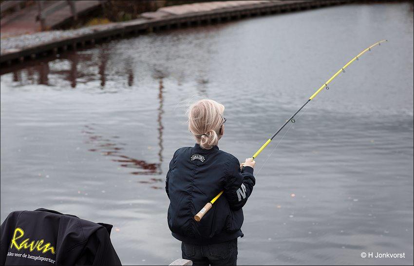 Forelvissen, forelvijver, forelvijver de koperen hoogte, forel, de koperen plas, forelvissen de koperen plas, visvijver de koperen hoogte, een lel van een forel