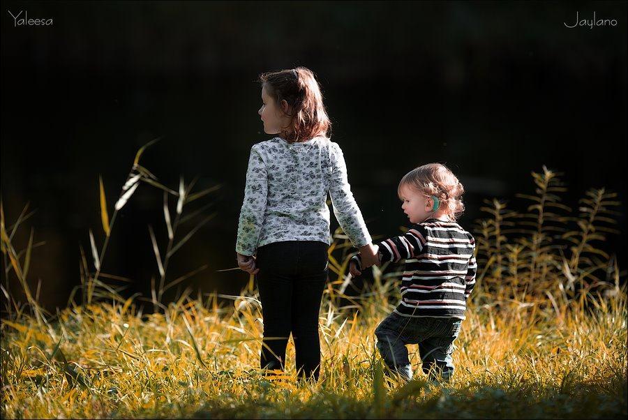 Herfstsfeer, herfstsferen, licht en schaduw, herfstkleuren, herfsttinten, aan de waterkant, het late licht, Indian summer, nazomer, kinderfotografie, Fotograferen met kinderen, Jaylano, Yaleesa