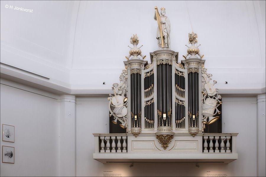 Koning David, Koning David Harp, Koning David Orgelluik, Museum Arnhem, Museum Arnhem Orgel, harpspelende Koning David, Orgel, orgelbeeld, orgelbeelden, kerken