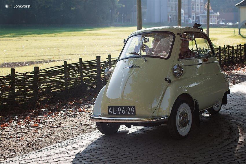Openluchtmuseum Arnhem, Nederlands Openluchtmuseum, Openluchtmuseum, Openluchtmuseum Arnhem oldtimers, Openluchtmuseum Arnhem Klassiekers, het geluk van het autorijden, Oldtimerdag Openluchtmuseum Arnhem