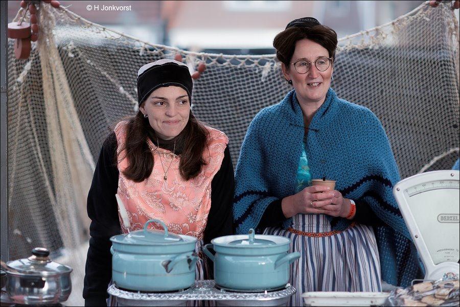 snertmarkt, snertkraam, snert, snert verkopen, erwtensoep, nostalgische markt, Urk, koek en zopie, Urk in Wintersferen 2017