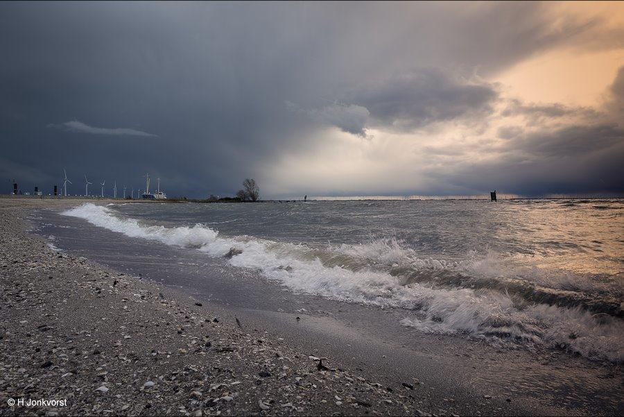 Urk, Urker strand, Strand Urk, het strand van Urk, Urk aan het IJsselmeer, schelpenstrand, foto's Urk, Foto's van Urk, Foto overzicht Urk, Fotografie Urk