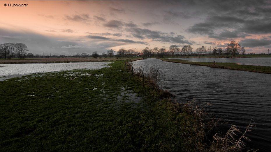 Waterlijnen, Dieptelijnen, Oeverlijnen, Dieptetrekker, Hoogwater, Hoogwater Rivieren, Ondergelopen land, Hoogwater Nederland, Landschap, Landschapsfotografie