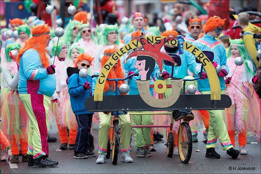 Carnaval, Carnaval 2018, Carnaval Nederland 2018, Carnaval vrolijke kleuren, Carnaval Zwolle, Carnaval Zwolle 2018, Carnavalsoptocht Zwolle, Carnavalsoptocht Zwolle 2018, Foto, Fotografie, Knallende Kleuren