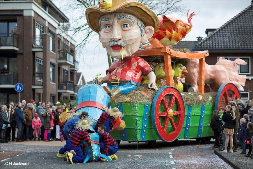 Carnaval Raalte 2018, Carnavalsoptocht Raalte 2018, Carnaval Raalte, Carnavalsoptocht Raalte, Carnaval Nederland 2018, Sallandse Carnavalsoptocht 2018, Er als de kippen bij zijn