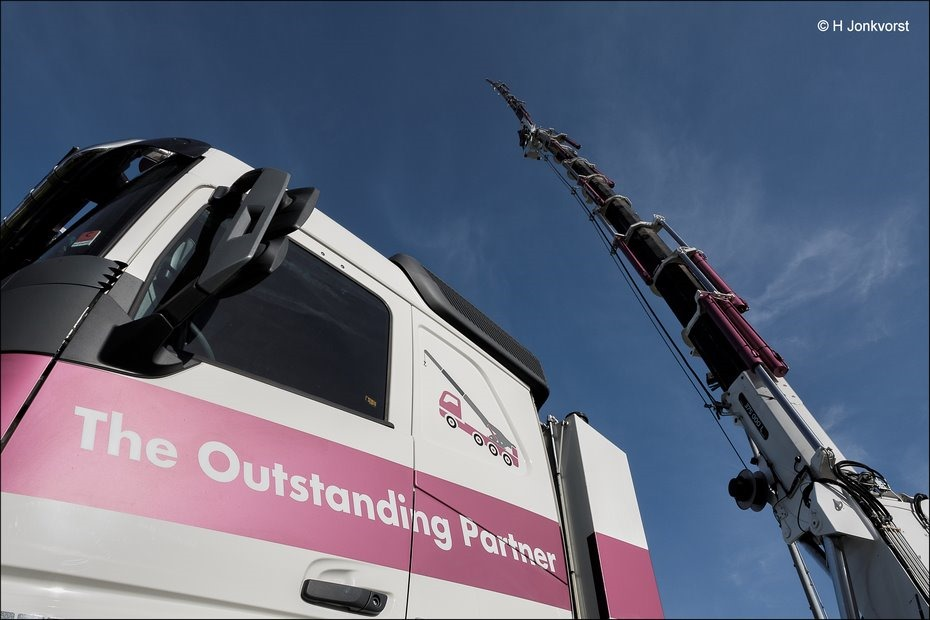 The Outstanding Partner, grootste autolaadkraan, grootste mobiele kraan, Truckersdag Staphorst 2018, Truckersdag Staphorst, Truckersdag, Fotografie, Foto