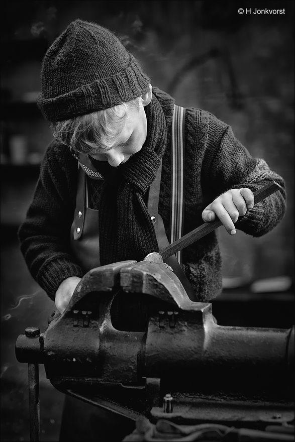 Urk in Wintersferen 2018, Urk in Wintersferen, smederij, vijlen, kinderarbeid,  Urk in winterse sferen, 100 jaar terug in de tijd, werkende kinderen, Fotografie, Foto, Canon EF 85mm f1.2L II USM
