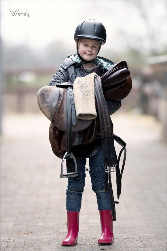 Paardrijden, Ponyrijden, Ponyrijden voor kinderen, Ponyrijden onder begeleiding, Paardrijden Klein Oever, Ponyrijden Klein Oever, Klein Oever, ponylessen, ponylessen Klein Oever, Wendy, Canon eos R