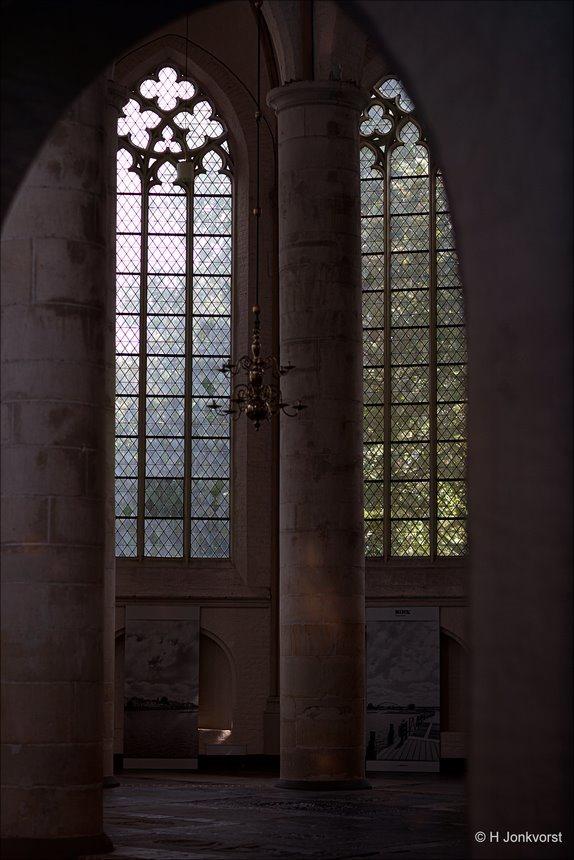 Hemels licht, Bergkerk, Bergkerk Deventer, Deventer Bergkerk, lichtval, Licht in de kerk, Licht in kerk, Doorkijk, heavenly light, Canon eos R, Canon EF 85mm f1.2L II USM, Fotografie, Foto, Photography, Photo
